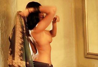 Stunner From India Dancing So Luxurious While Seducing Herself