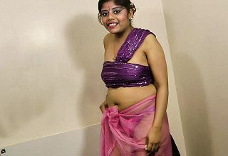 Gujarati Super steamy Stunner Rupali Dirty Chatting And unwrapping show