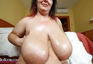 Inexperienced Lubricates her Enormous Congenital Orbs 1080p